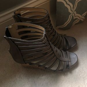 Gray Volatile heels w/ cut outs (never worn)